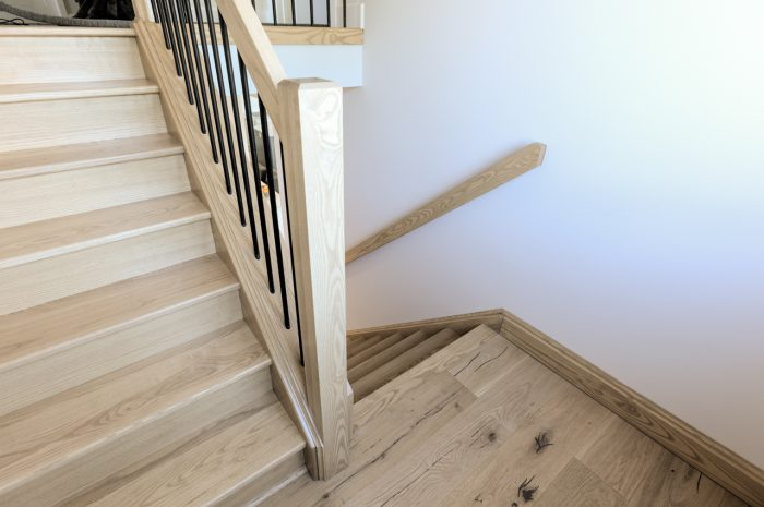 Beckham Brothers Montana Plank Butte Hardwood Stairs