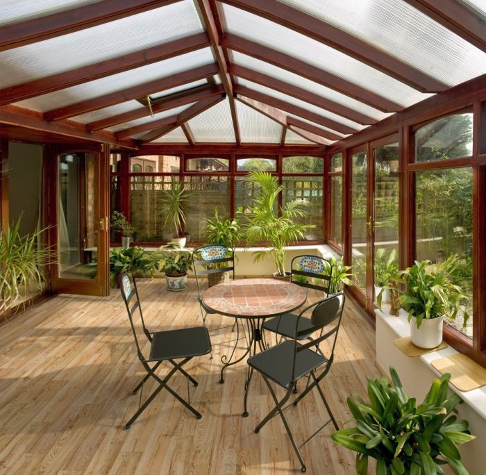 Beaulieu Reflection Luxury Vinyl Plank (Flora Oak) Sunroom
